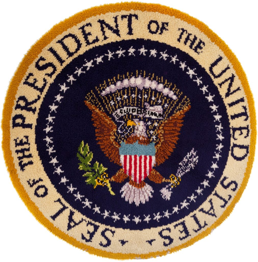 gerald-ford-presidential-seal-hooked-rug