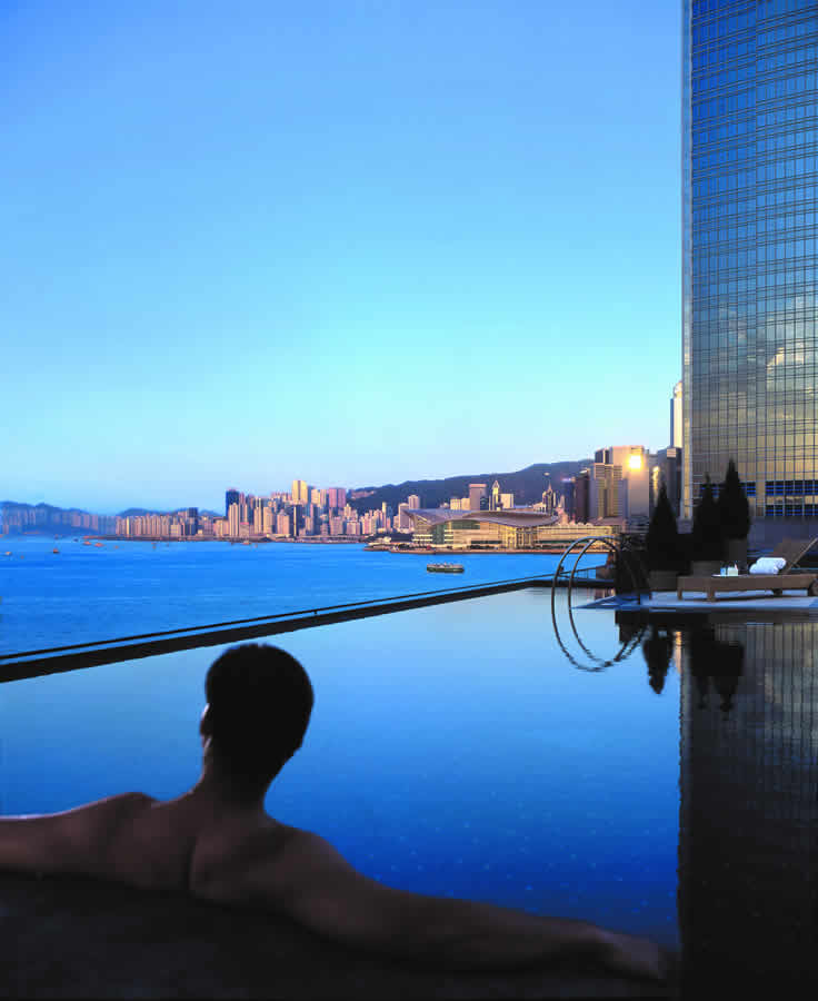 Four Seasons Hotel -Hong Kong