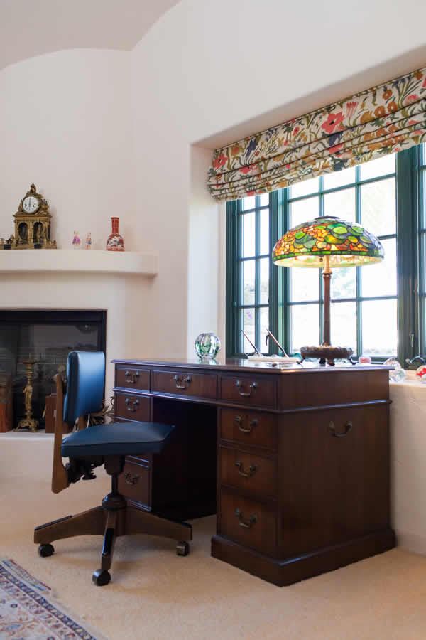 Shirley Temple Black's personal desk with her favorite Tiffany lamp,
