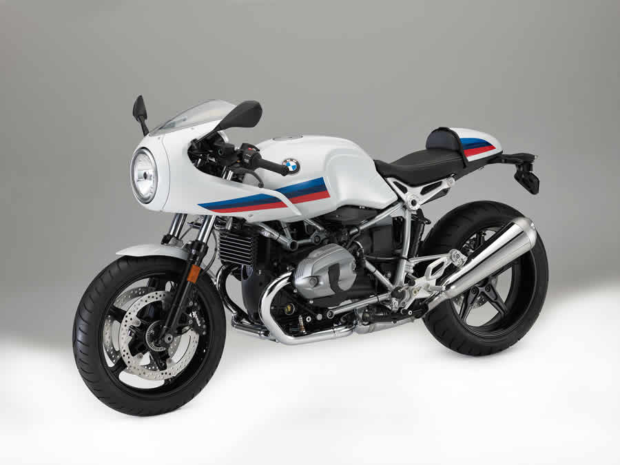 BMW's Retro Screamer