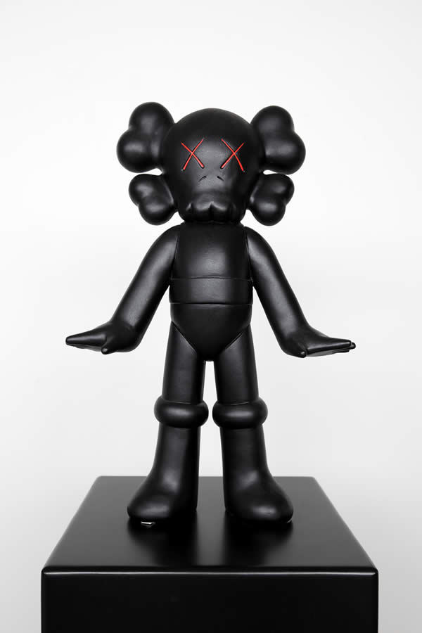 pirovino_kaws_collection_8b